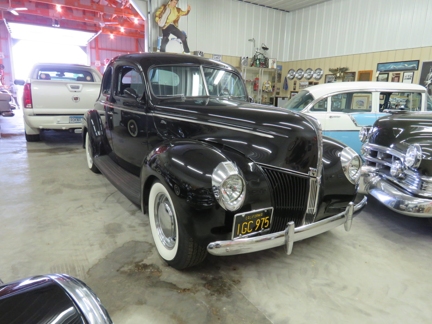 FABULOUS COLLECTOR CARS, MEMORABILIA, & MORE AT AUCTION-JERRY JOHNSON ESTATE! - image 2