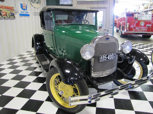Collector Cars-Trucks, Antique Tractors, Vintage Race Cars, The Twin Oaks #1 Auction - image 10