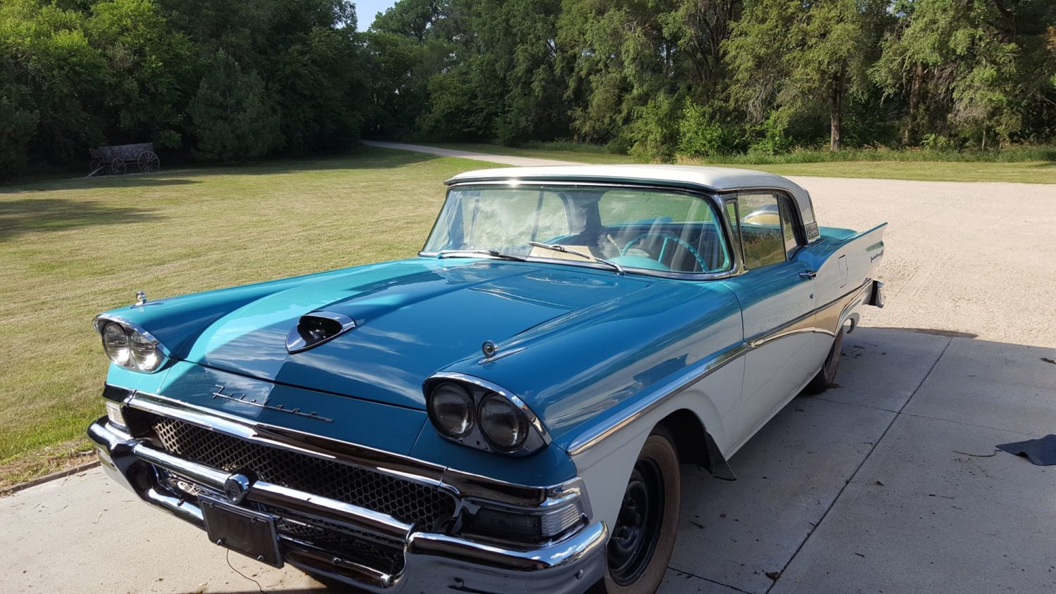 ONLINE ONLY AUCTION!  Cadillacs, Scooters, & More Collector Cars! Bidding Ends 12-2-18!  - image 5