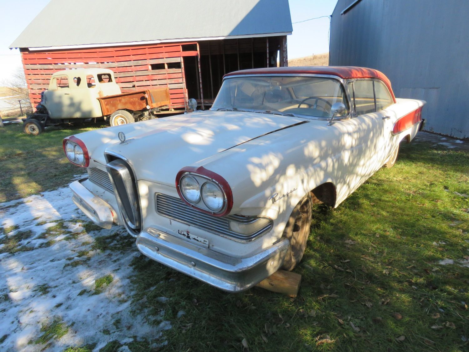 ONLINE ONLY AUCTION!  Cadillacs, Scooters, & More Collector Cars! Bidding Ends 12-2-18!  - image 15