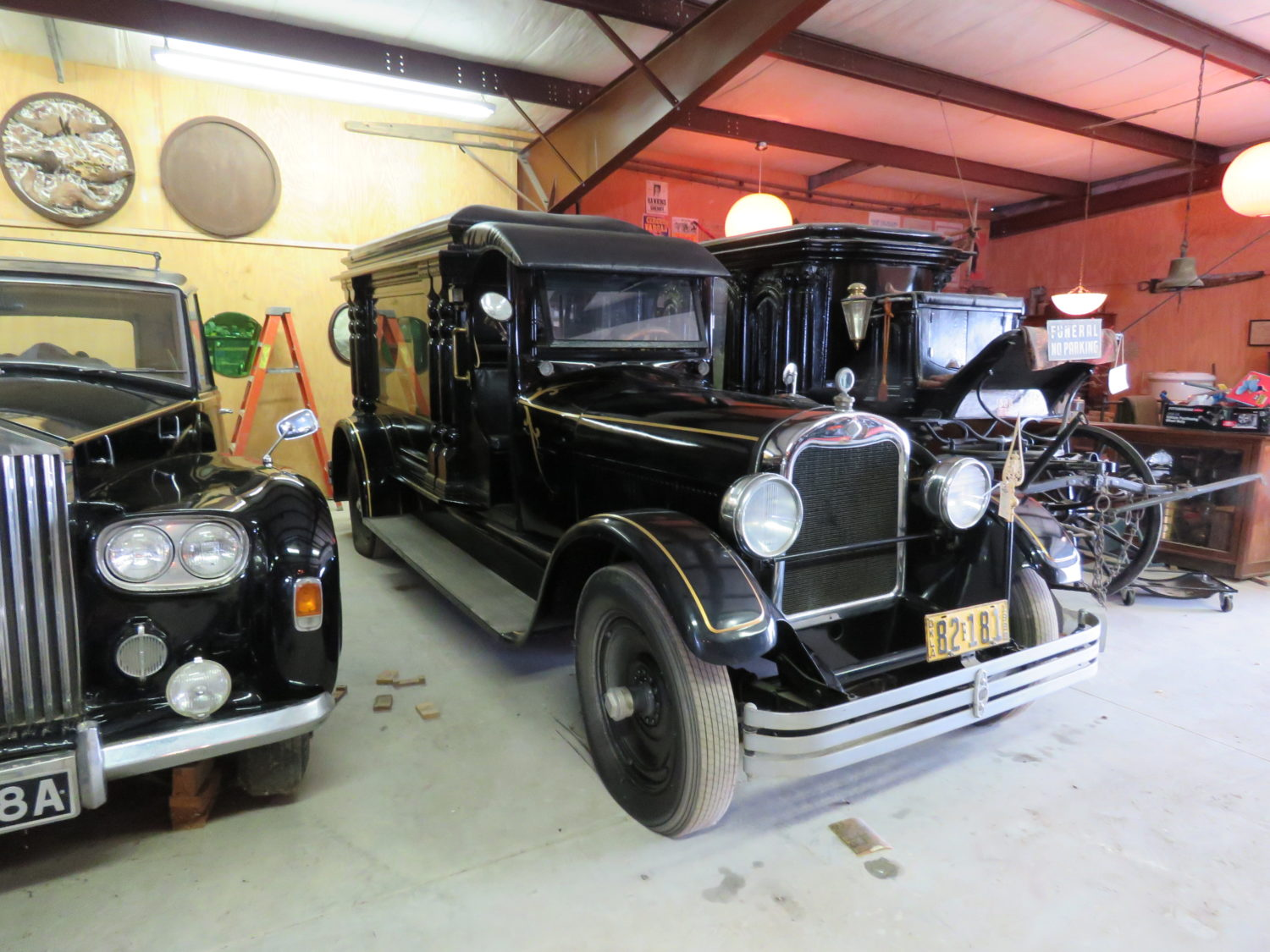 THE AMAZING JOHN LEWIS COLLECTION-PREWAR CARS & TRUCKS & MORE! - image 3