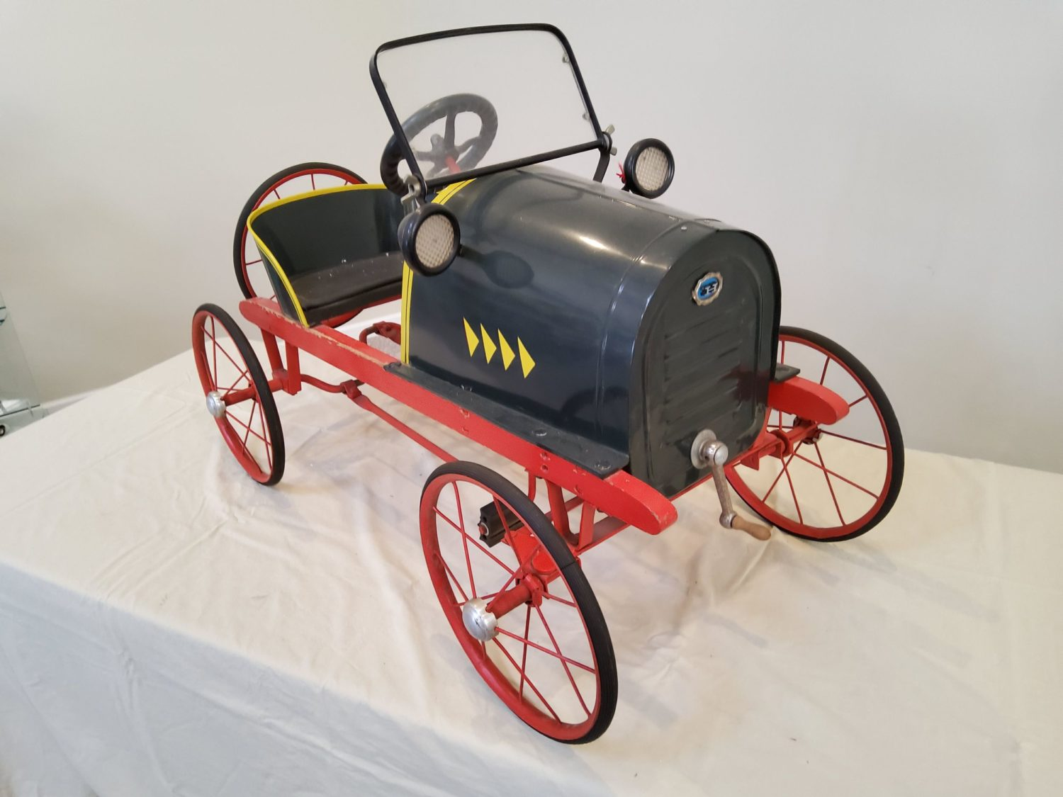 ONLINE ONLY- The Fabulous & Rare Nebraska Pedal Car Collection  - image 5