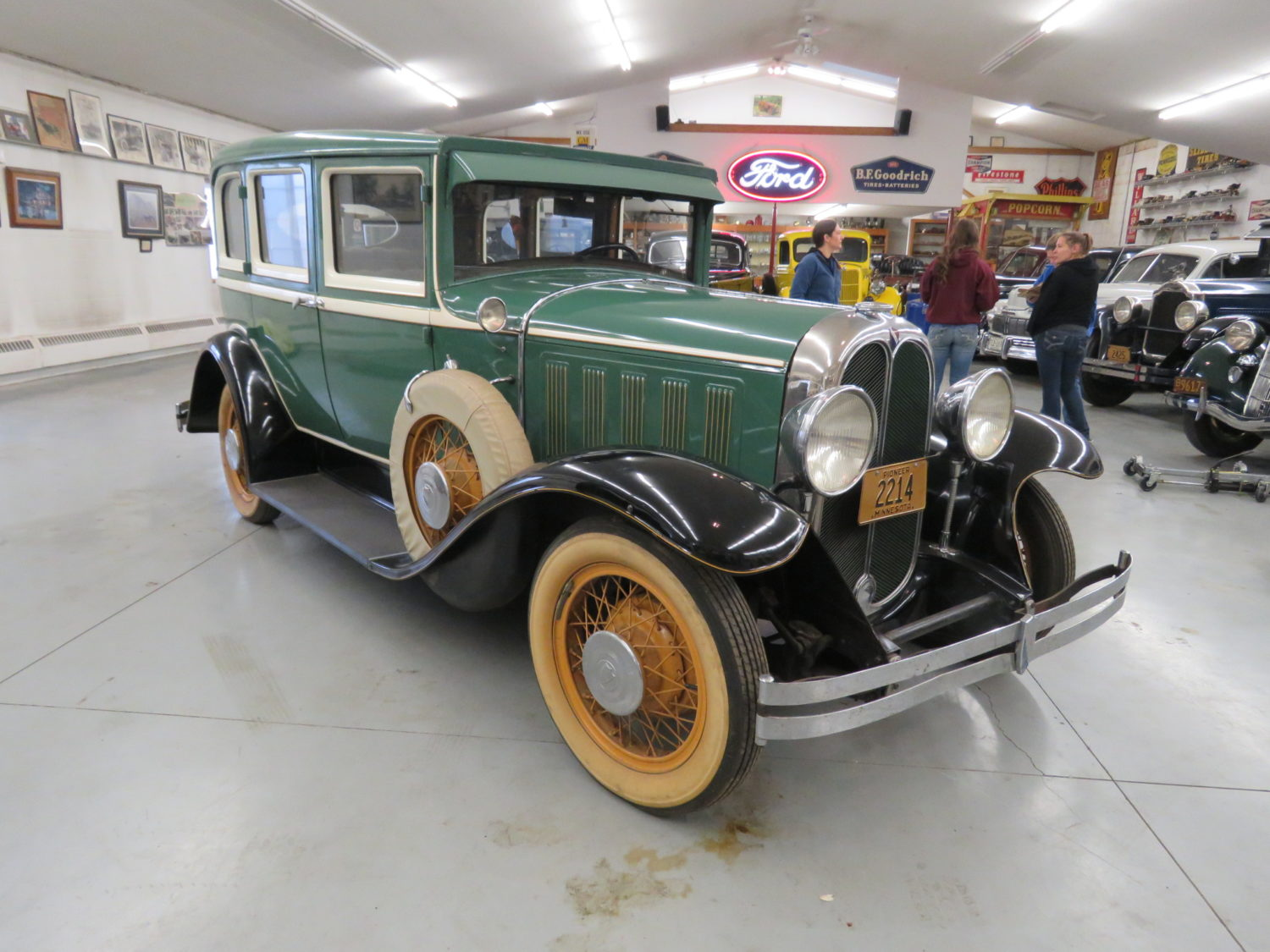 Fabulous Collector Cars, Parts, Memorabilia & More.. The Pellow Collection - image 12