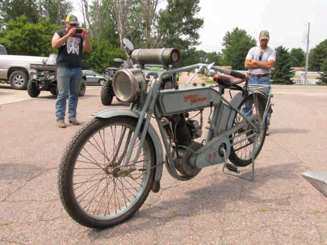 Rare Steam, Electric, and Early Brass Vehicles, Parts, 1913 Harley Davidson, & More. The Schuchardt Collection - image 2