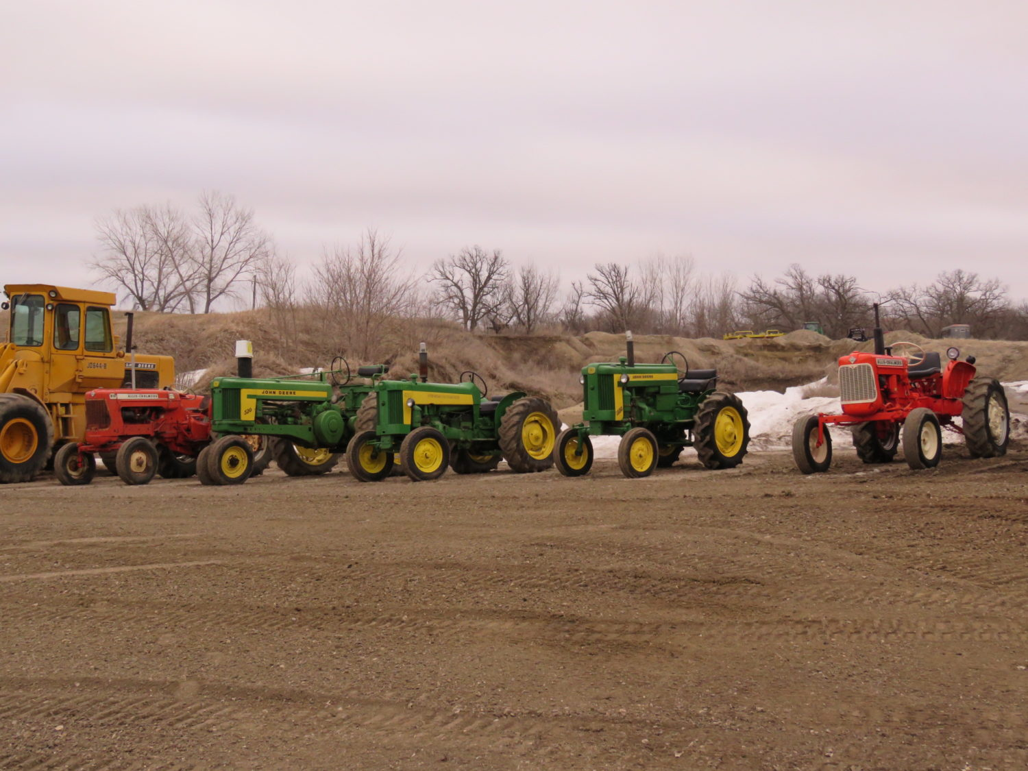 Day 1- Antique Tractors, Farm Equipment, Toys, & More- The James Graham Collection - image 5