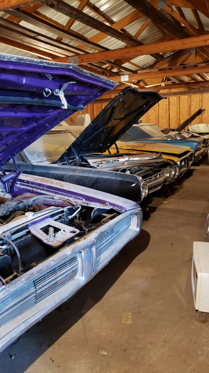 Muscle Car Heaven! The Coyote Johnson Collection Auction - image 8