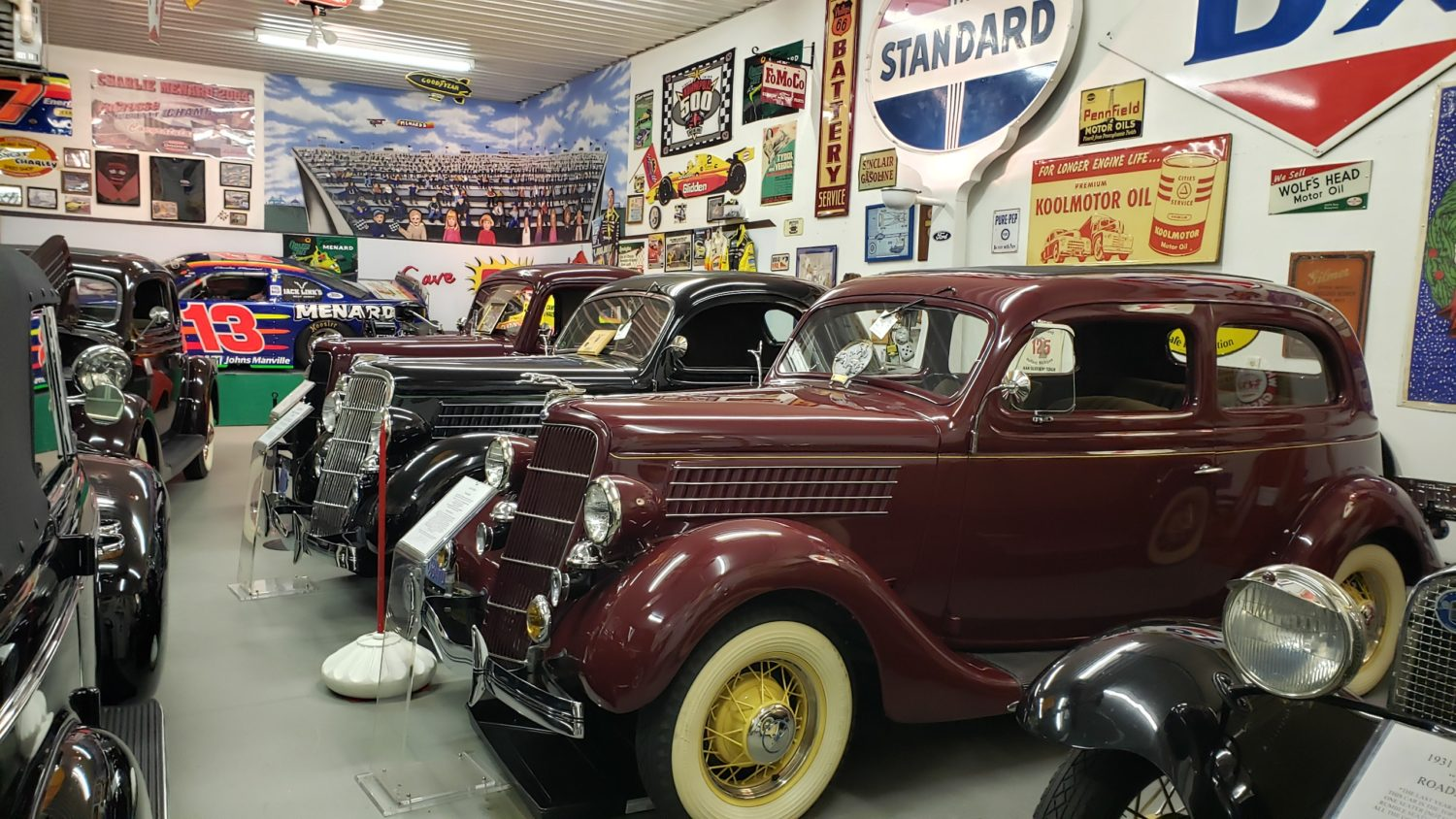 The Larry & Dawn Menard Collection-Fabulous Collector Cars, Memorabilia, & More..  - image 5