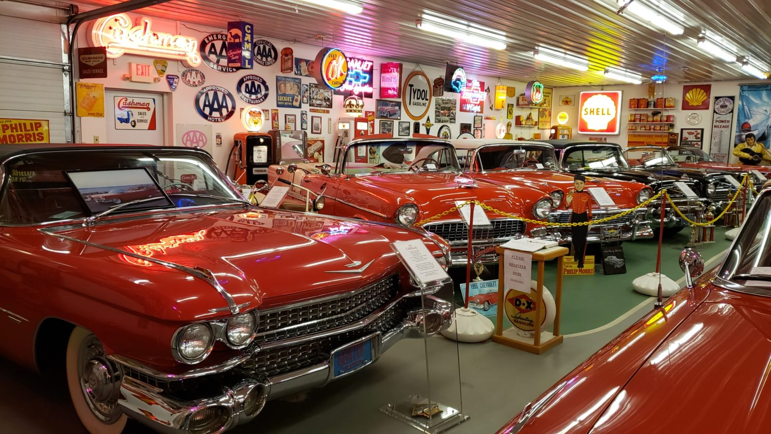 The Larry & Dawn Menard Collection-Fabulous Collector Cars, Memorabilia, & More..  - image 1