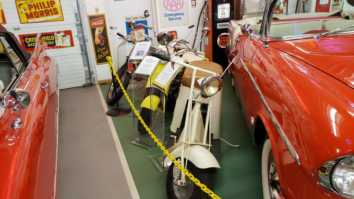 The Larry & Dawn Menard Collection-Fabulous Collector Cars, Memorabilia, & More..  - image 9