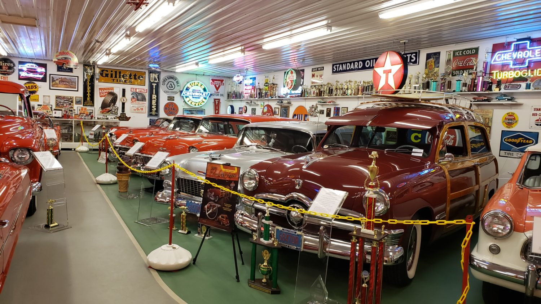 The Larry & Dawn Menard Collection-Fabulous Collector Cars, Memorabilia, & More..  - image 3