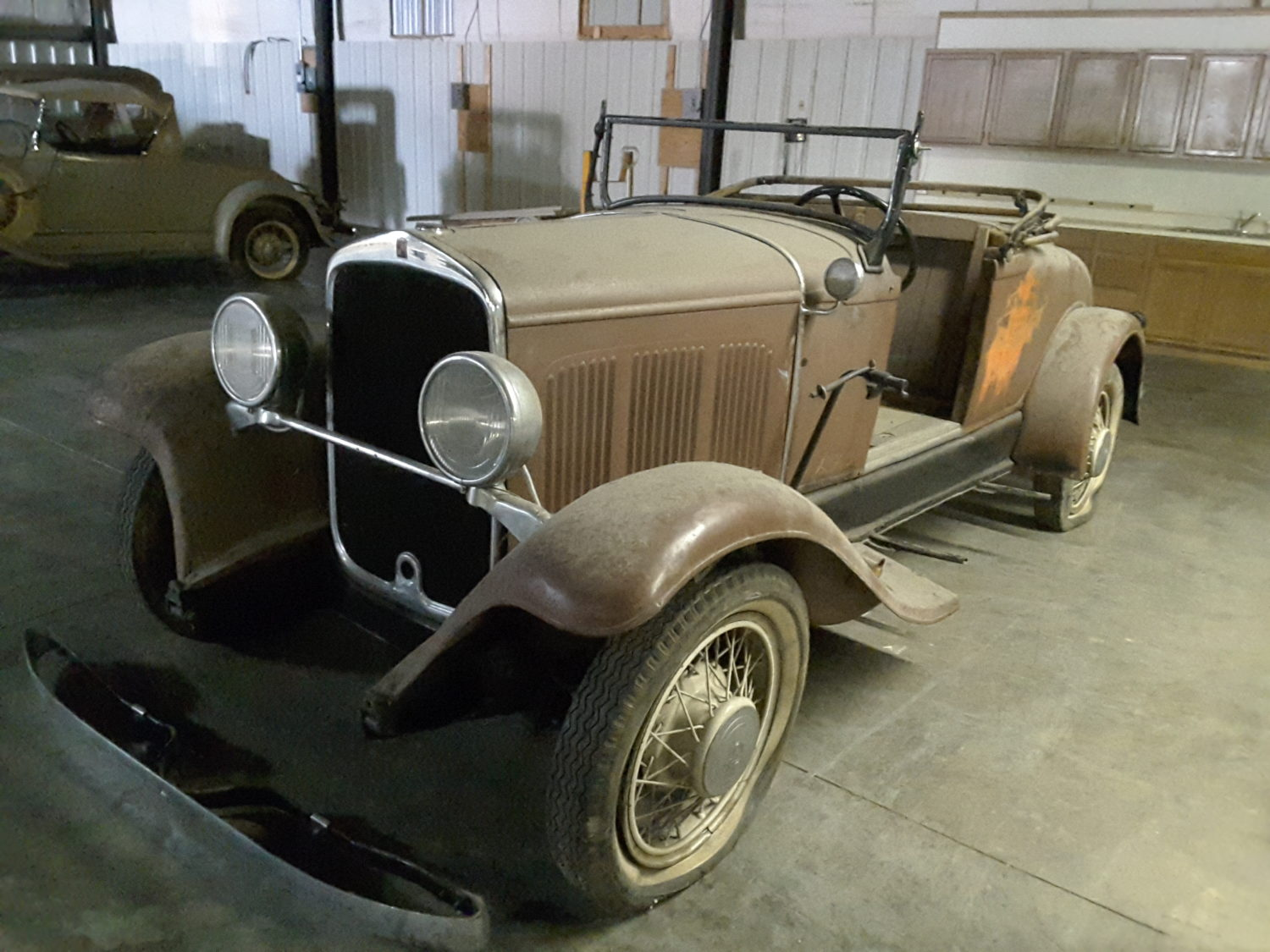 Amazing 1932 MOPAR Collection & More.. The Adair Collection Auction - image 12