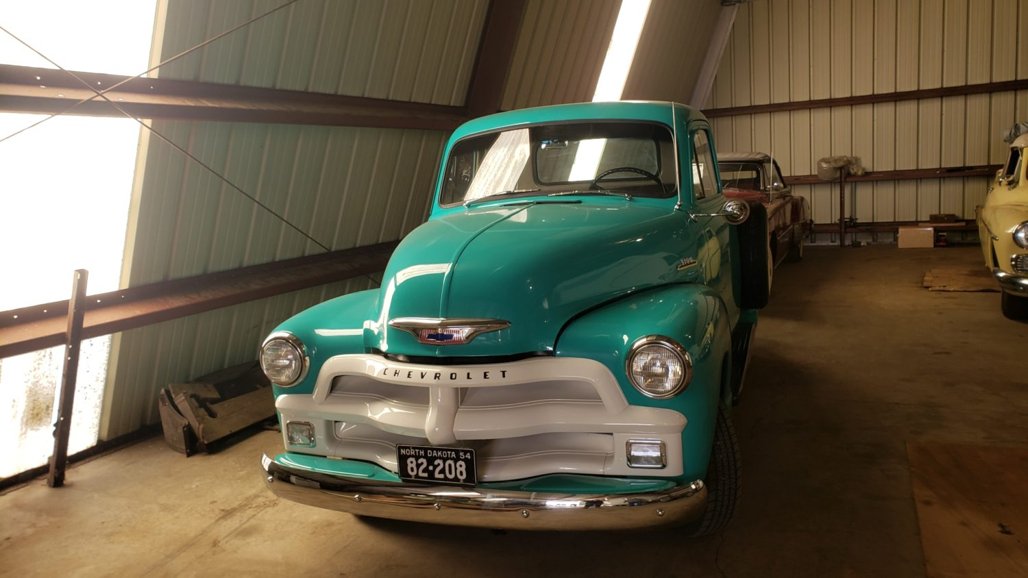 Fabulous Collector Cars, Antique Tractors, Memorabilia & More! The Krinke Collection - image 5