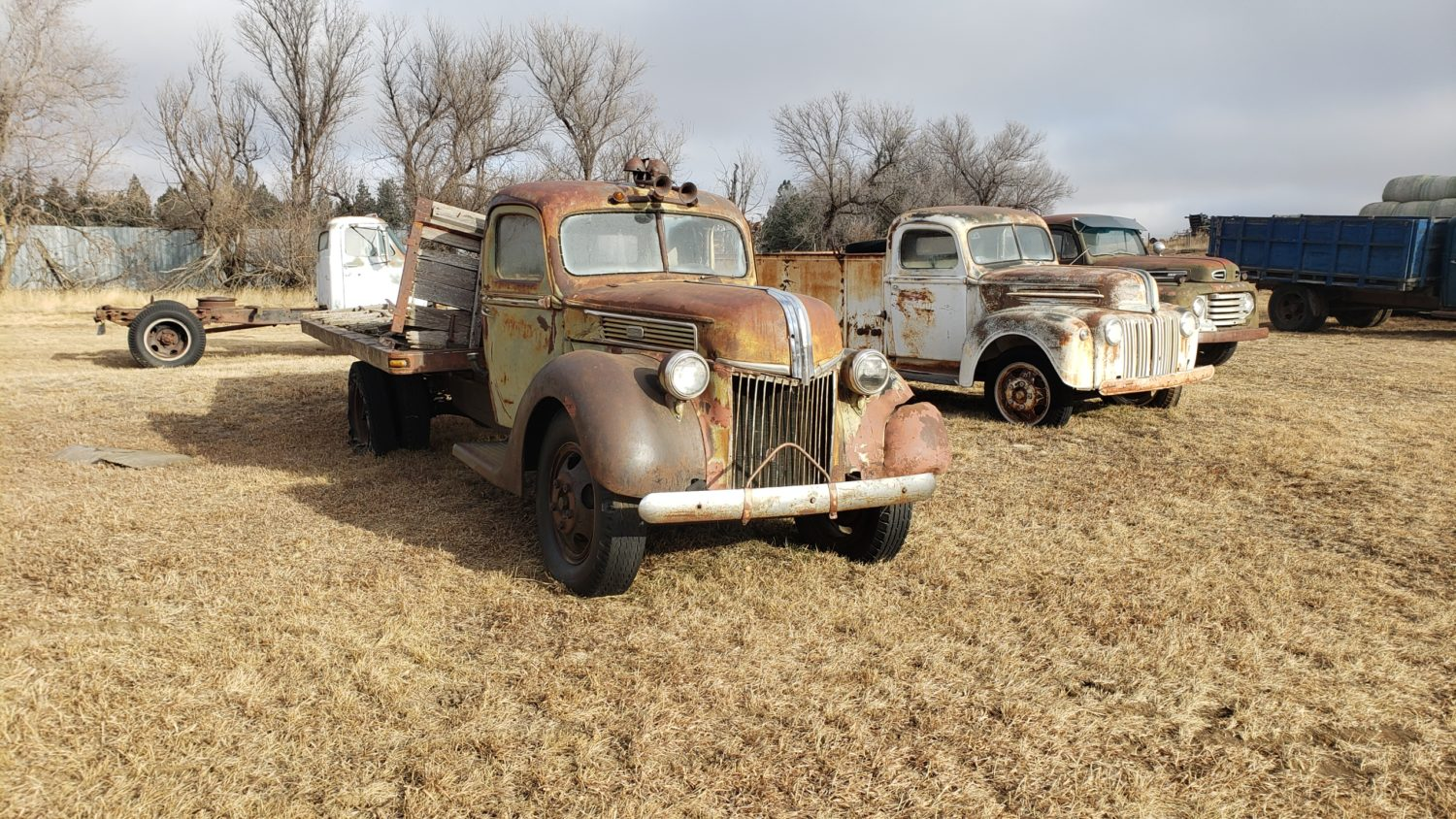 Fabulous Collector Cars, Antique Tractors, Memorabilia & More! The Krinke Collection - image 10