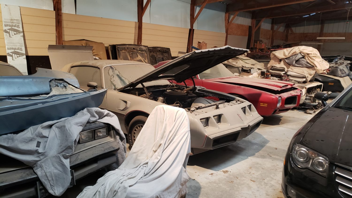 Amazing Trans Am & Pontiac Cars and Parts Hoard! The Kansas Collection - image 13