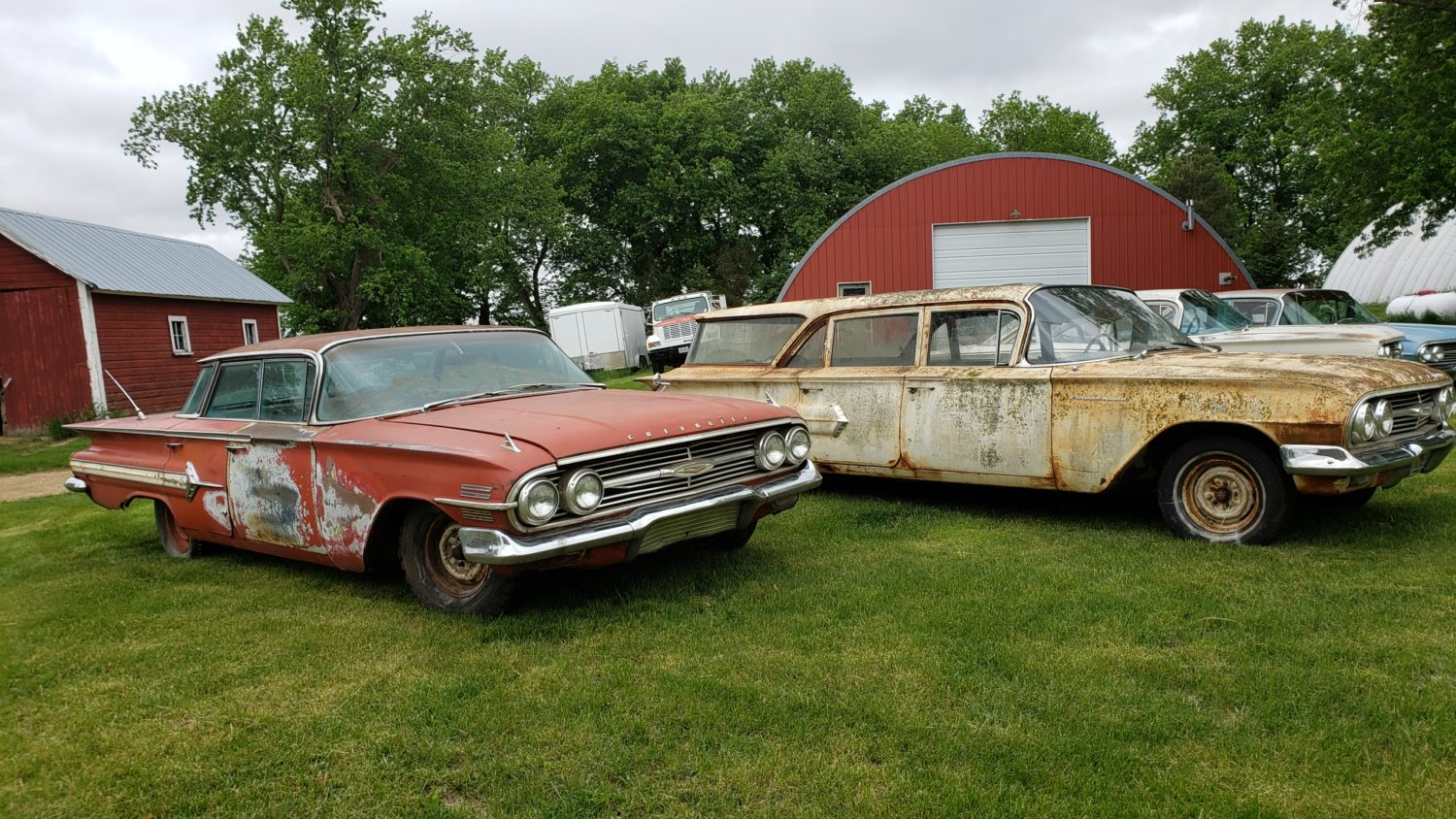 ONLINE ONLY! Dale Martin Collection- Collector Cars-Impalas, Fords & More! - image 11