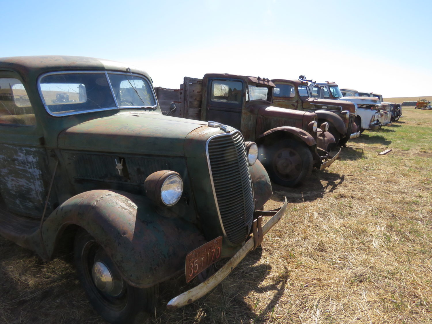Fabulous Collector Cars, Antique Tractors, Memorabilia & More! The Krinke Collection - image 22