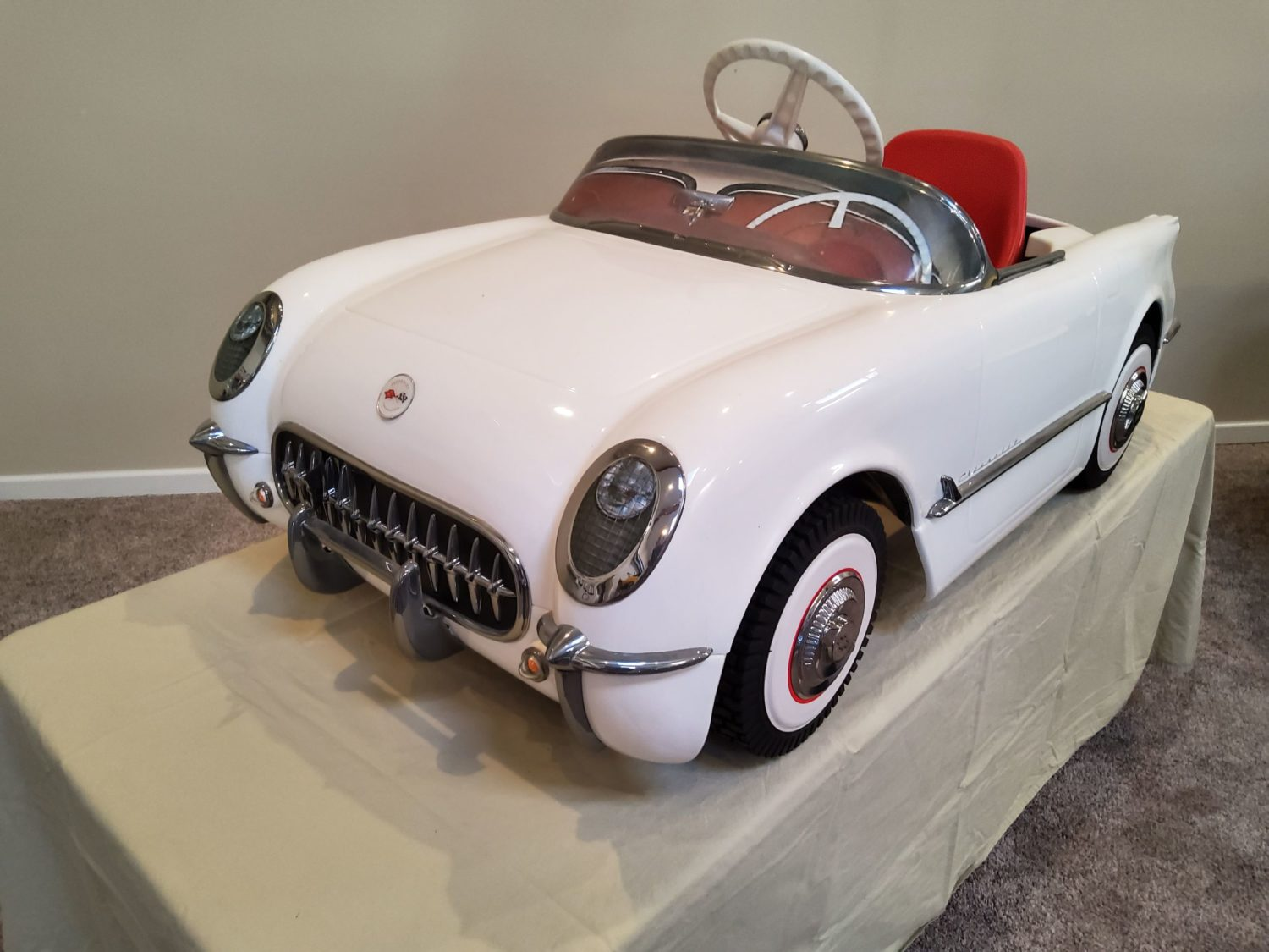 ONLINE ONLY- The Fabulous & Rare Nebraska Pedal Car Collection  - image 9