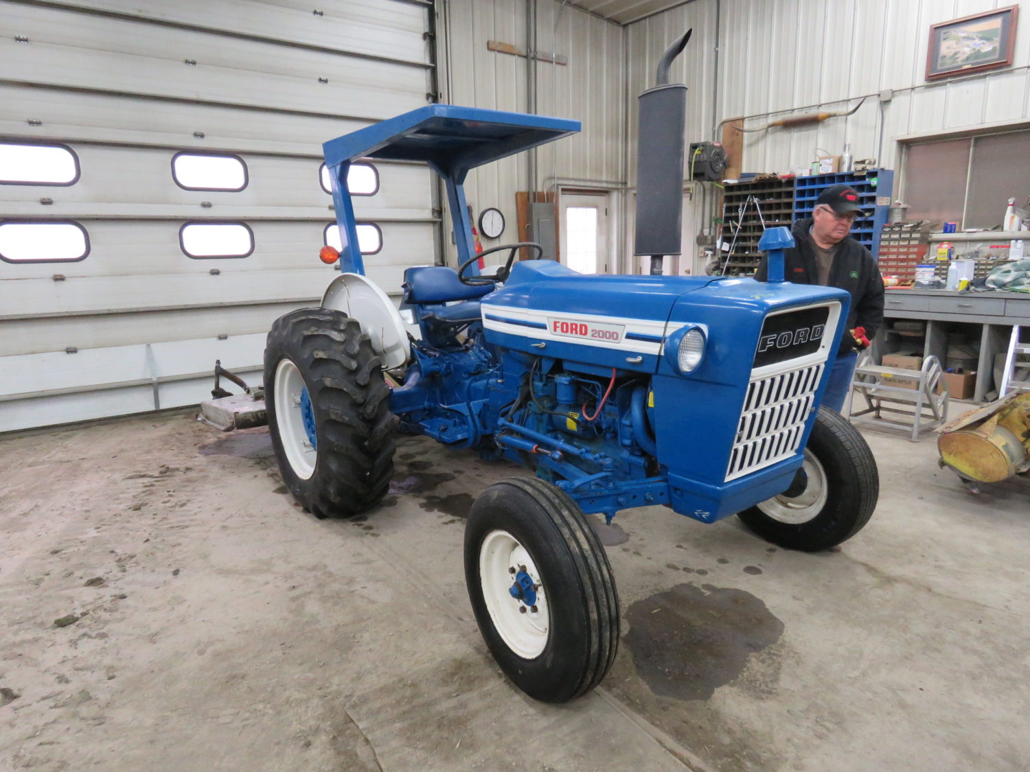 Day 1- Antique Tractors, Farm Equipment, Toys, & More- The James Graham Collection - image 12
