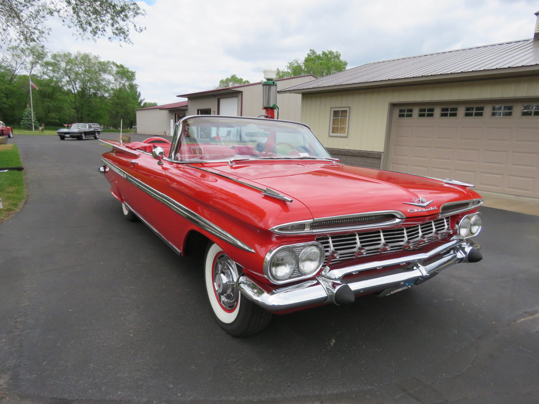 The Larry & Dawn Menard Collection-Fabulous Collector Cars, Memorabilia, & More..  - image 15