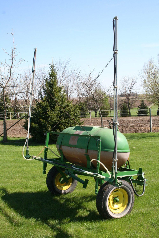 Walsh Sprayer  with 200 gallon tank and Delavan roller pump - Image 1