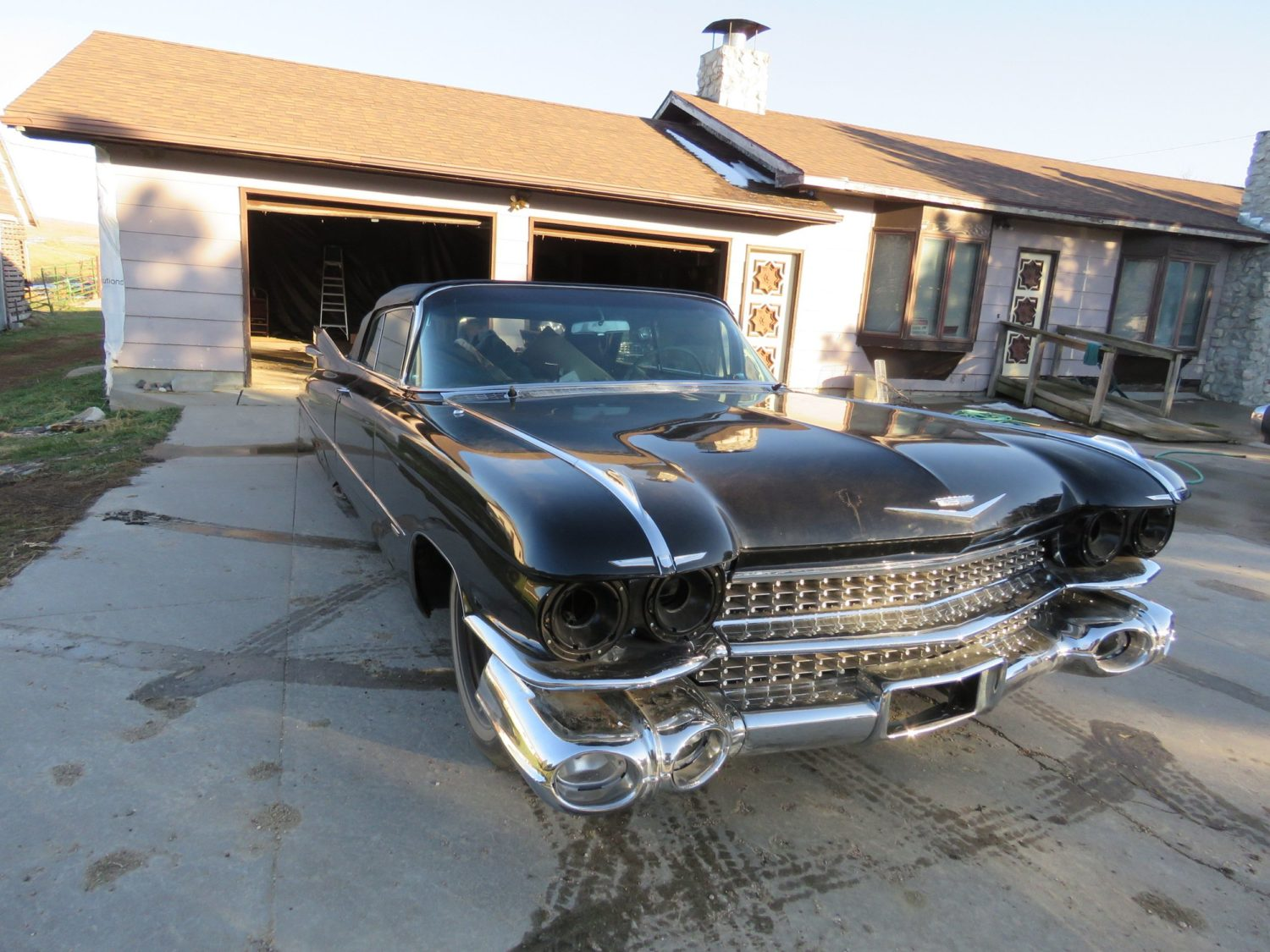 ONLINE ONLY AUCTION!  Cadillacs, Scooters, & More Collector Cars! Bidding Ends 12-2-18!  - image 9