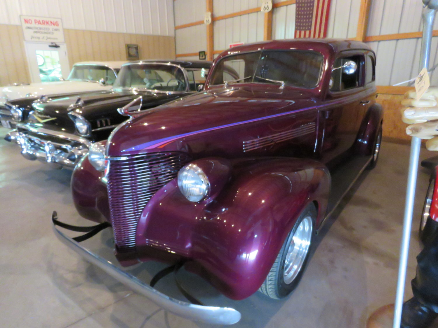 FABULOUS COLLECTOR CARS, MEMORABILIA, & MORE AT AUCTION-JERRY JOHNSON ESTATE! - image 6