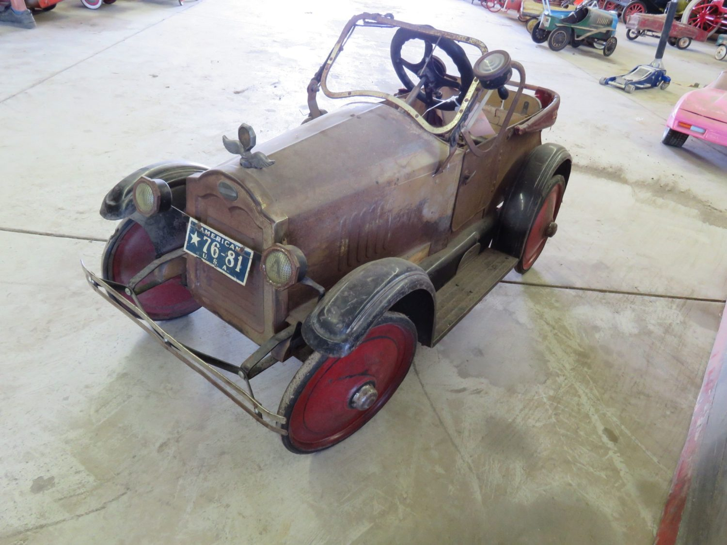 Collector Vehicles, Parts, Vintage Toys and Pedal Cars & More.. The Doan Collection  - image 10