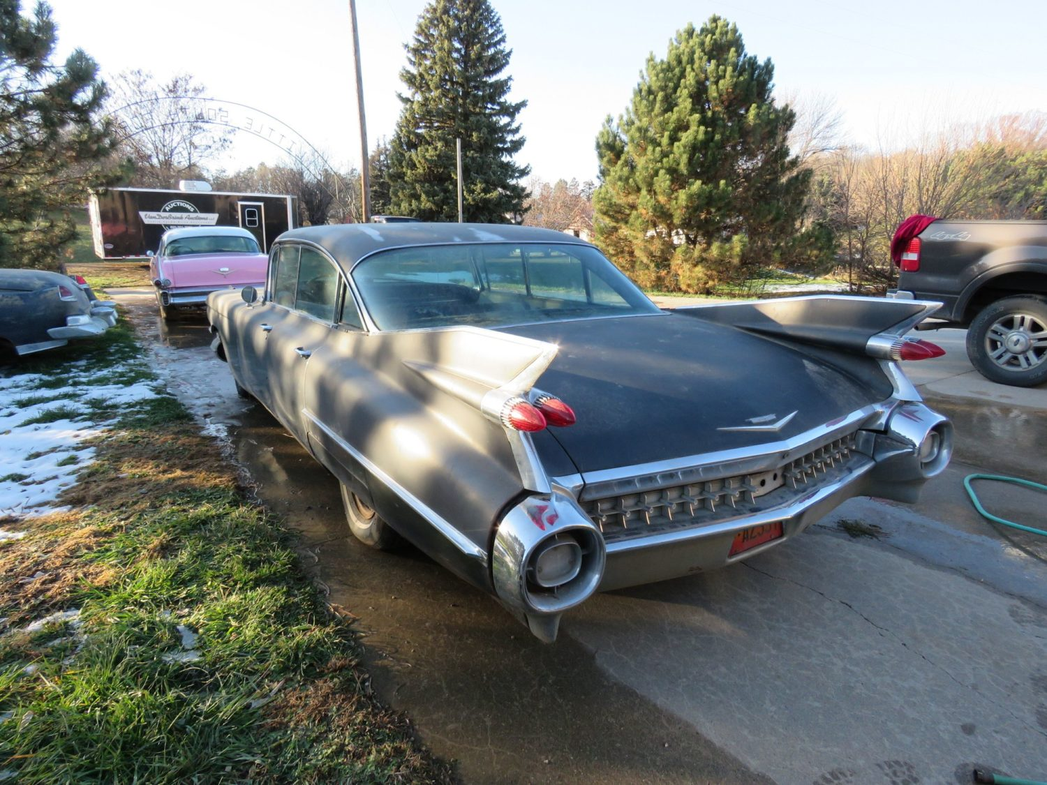 ONLINE ONLY AUCTION!  Cadillacs, Scooters, & More Collector Cars! Bidding Ends 12-2-18!  - image 10