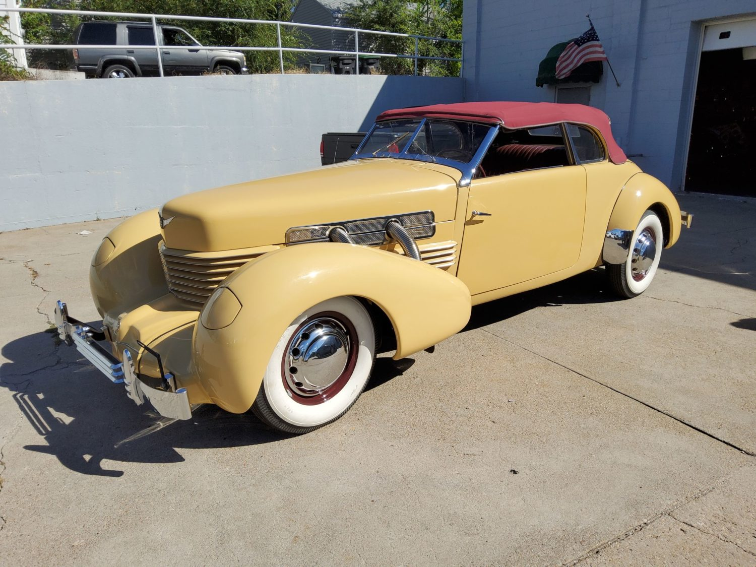 ONLINE ONLY! 1936 Cord, 1959 Cadillac & More Vintage Classic Cars! The John Agee Collection! - image 1