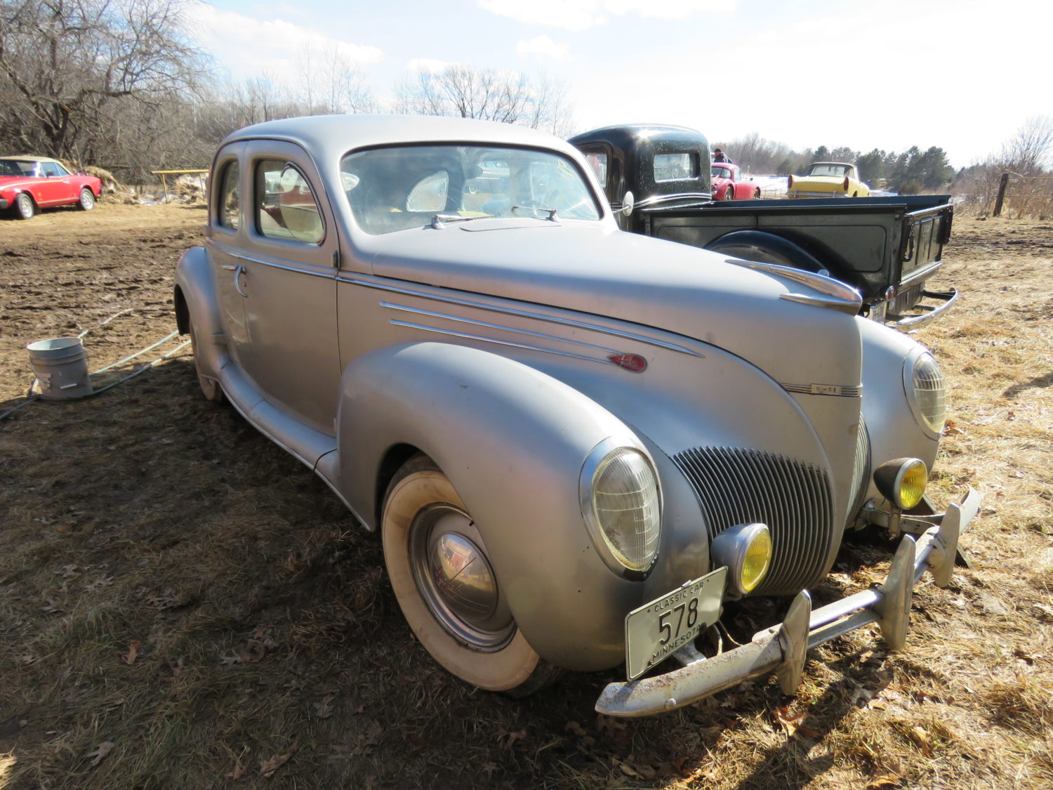 ONLINE ONLY! Collector Cars, Parts, Antique Tractors, Memorabilia, Steam, & More! The Ken Seefert Collection - image 6