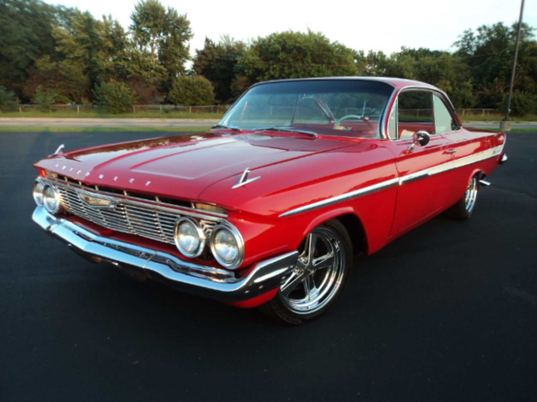 ONLINE ONLY! Chevelles, Corvettes, Impalas, Camaros & more fabulous Classics & Memorabilia! The Emme Collection - image 5