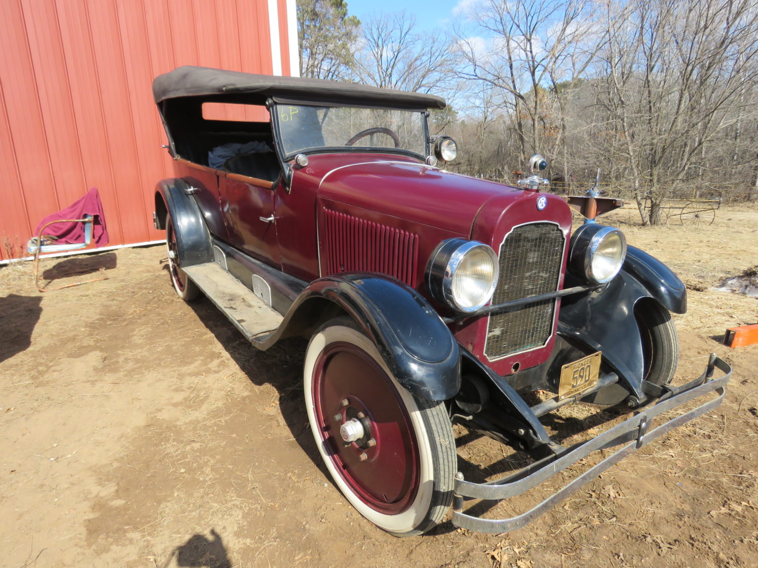 ONLINE ONLY! Collector Cars, Parts, Antique Tractors, Memorabilia, Steam, & More! The Ken Seefert Collection - image 7