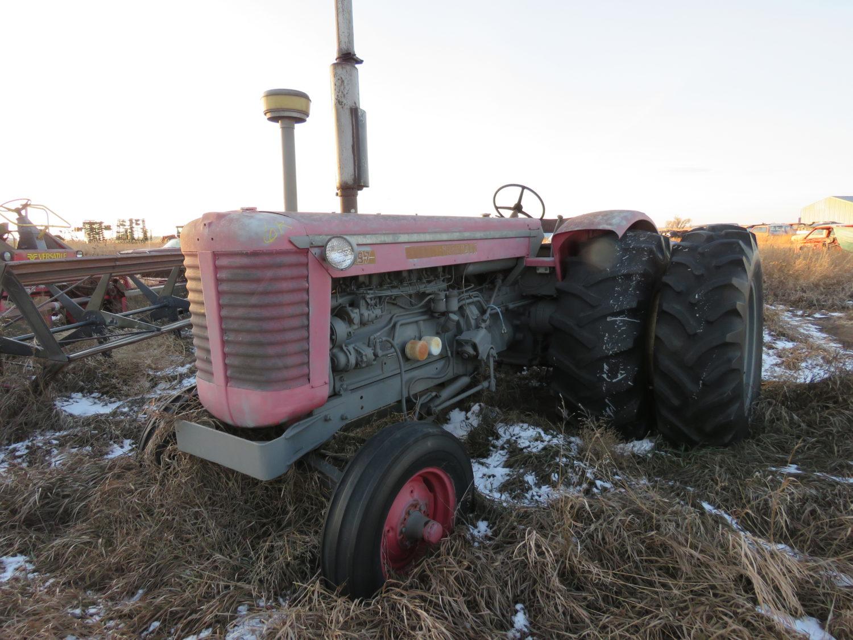 The Alan Rietz Estate Farm Equipment Auction - image 6