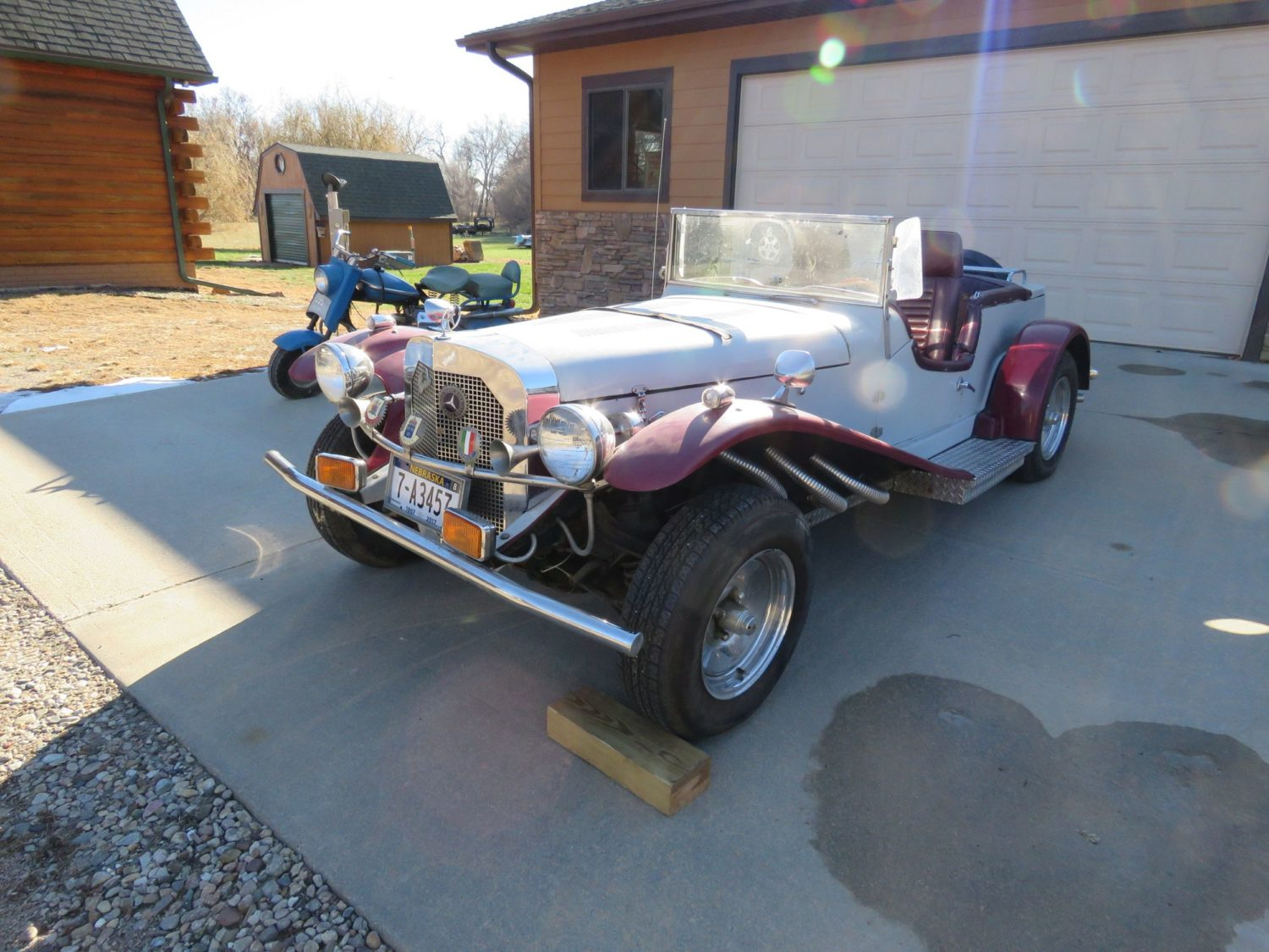 ONLINE ONLY AUCTION!  Cadillacs, Scooters, & More Collector Cars! Bidding Ends 12-2-18!  - image 11
