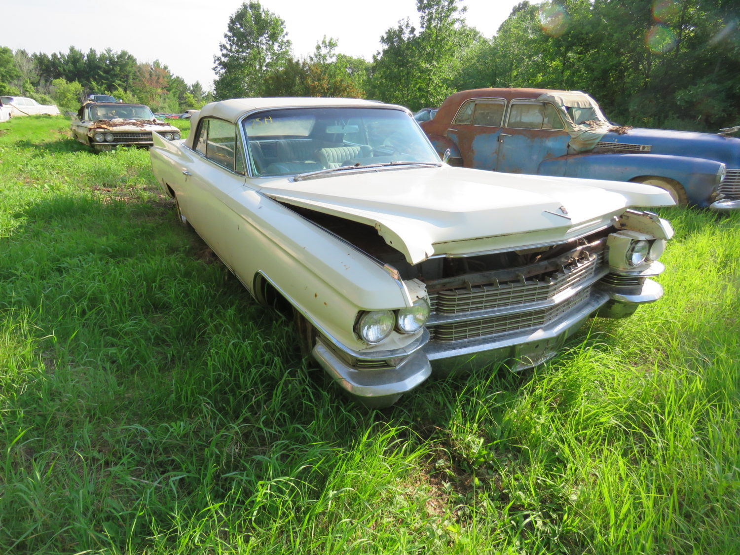 1959 Cadillacs & More! The Brown Collection-ONLINE ONLY AUCTION!  - image 2