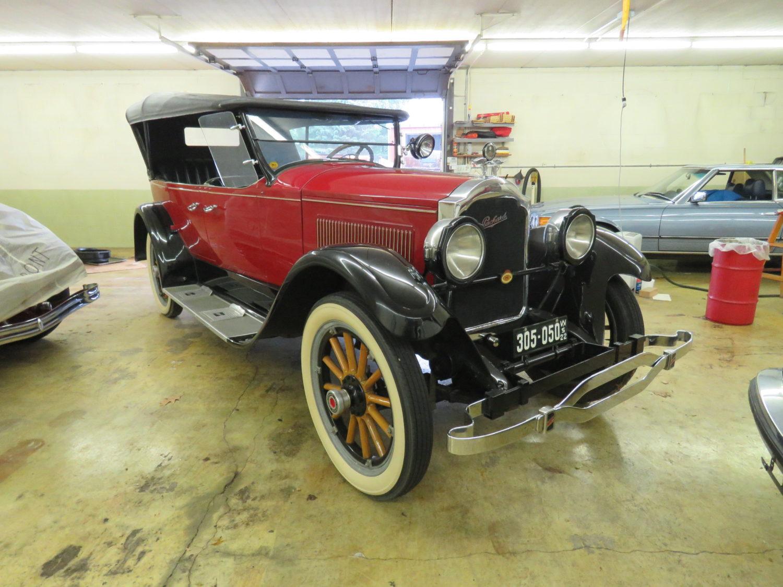 Collector Cars, Antique Tractors, Parts, Memorabilia & More.. The Del Beyer Estate Auction - image 8