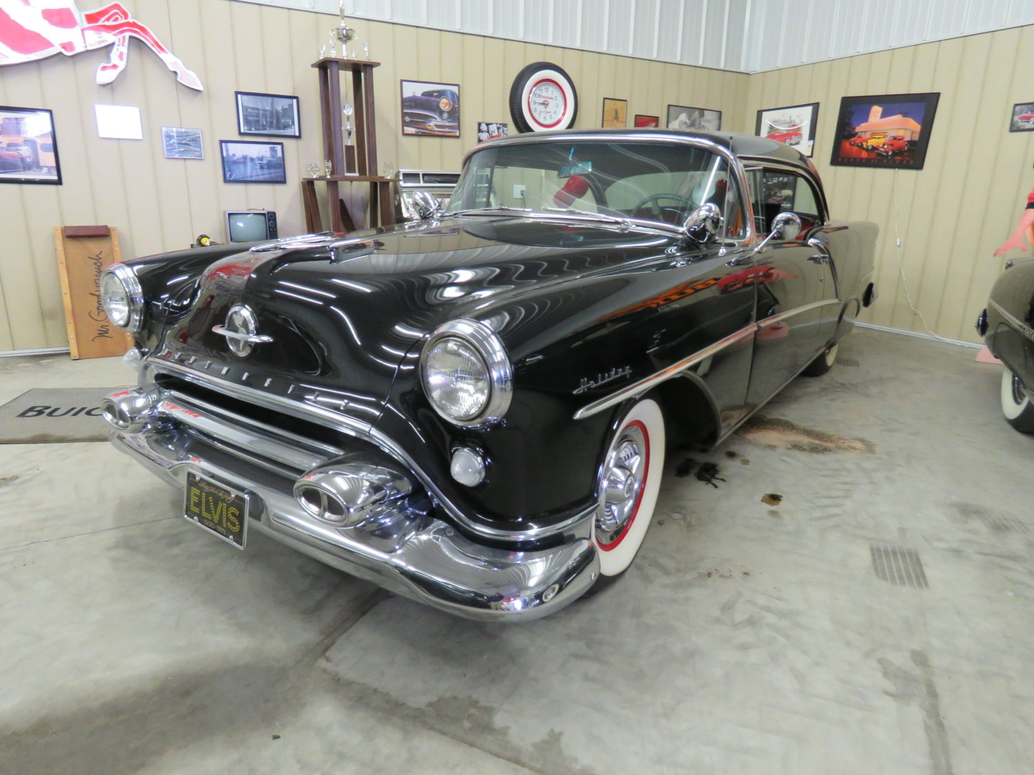 FABULOUS COLLECTOR CARS, MEMORABILIA, & MORE AT AUCTION-JERRY JOHNSON ESTATE! - image 9