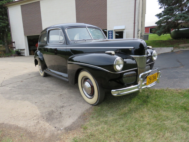 Collector Cars, Antique Tractors, Parts, Memorabilia & More.. The Del Beyer Estate Auction - image 9