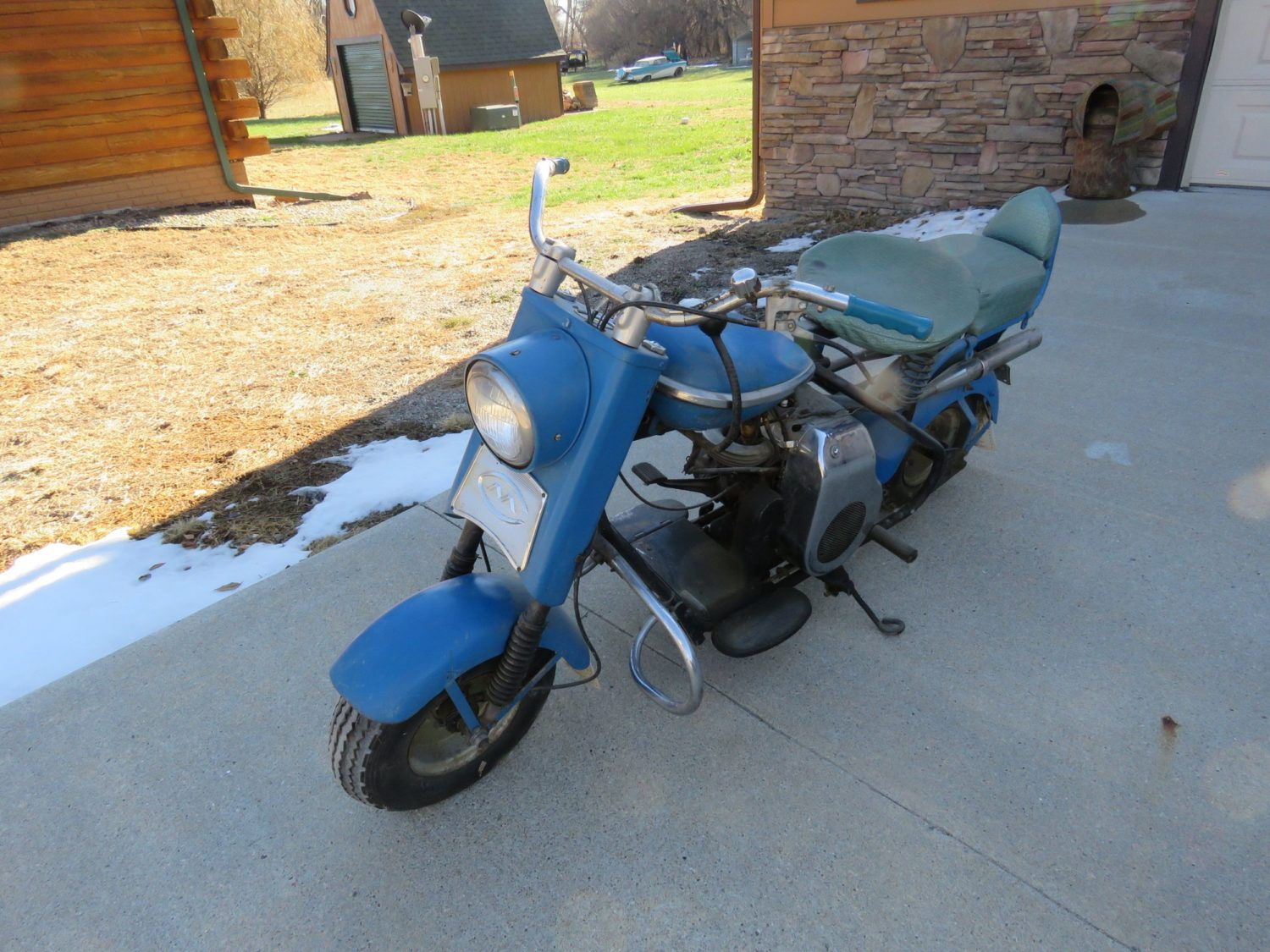 ONLINE ONLY AUCTION!  Cadillacs, Scooters, & More Collector Cars! Bidding Ends 12-2-18!  - image 13