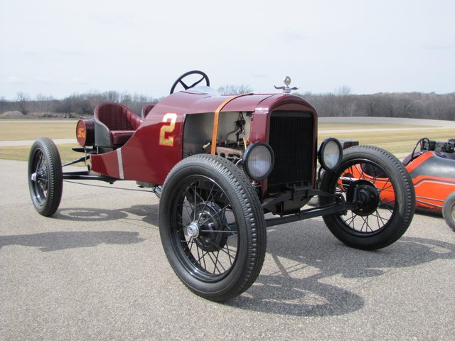 Collector Cars-Trucks, Antique Tractors, Vintage Race Cars, The Twin Oaks #1 Auction - image 11