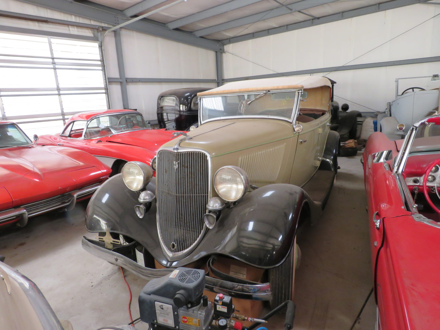 The Amazing Bob Regehr Collection! 140 plus Vehicles! 20-1932 Fords, Corvettes, Camaros & More!  - image 9