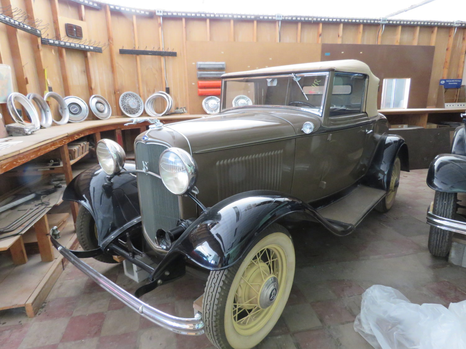 The Amazing Bob Regehr Collection! 140 plus Vehicles! 20-1932 Fords, Corvettes, Camaros & More!  - image 14