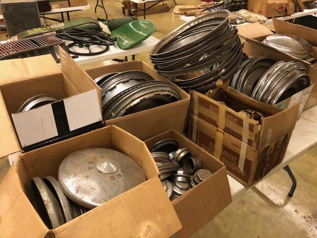 Collector Cars, Antique Tractors, Parts, Memorabilia & More.. The Del Beyer Estate Auction - image 18