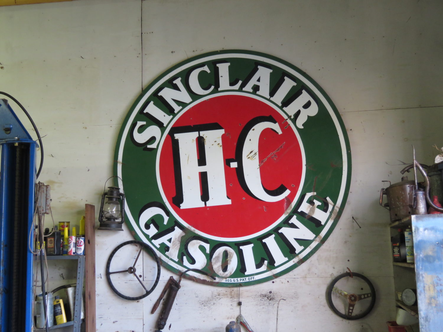 ONLINE ONLY! Collector Cars, Parts, Antique Tractors, Memorabilia, Steam, & More! The Ken Seefert Collection - image 14