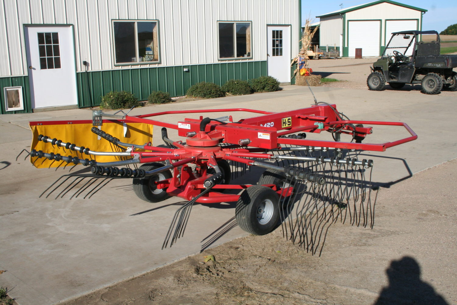 Tractors, Farm Equipment, & More at Auction.. The Valley Springs Farm Liquidation - image 3