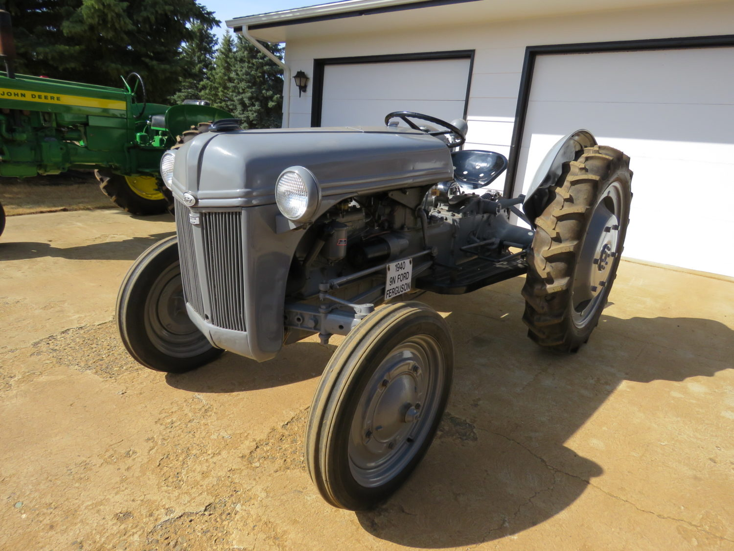 Fabulous Collector Cars, Antique Tractors, Memorabilia & More! The Krinke Collection - image 13