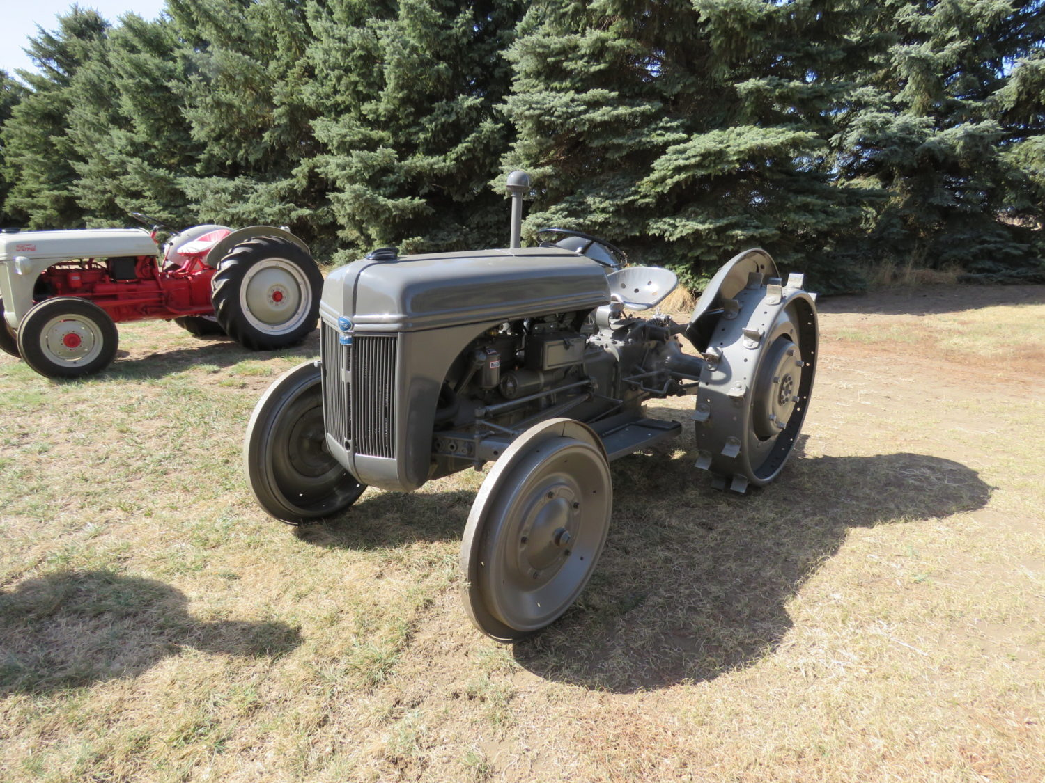 Fabulous Collector Cars, Antique Tractors, Memorabilia & More! The Krinke Collection - image 18