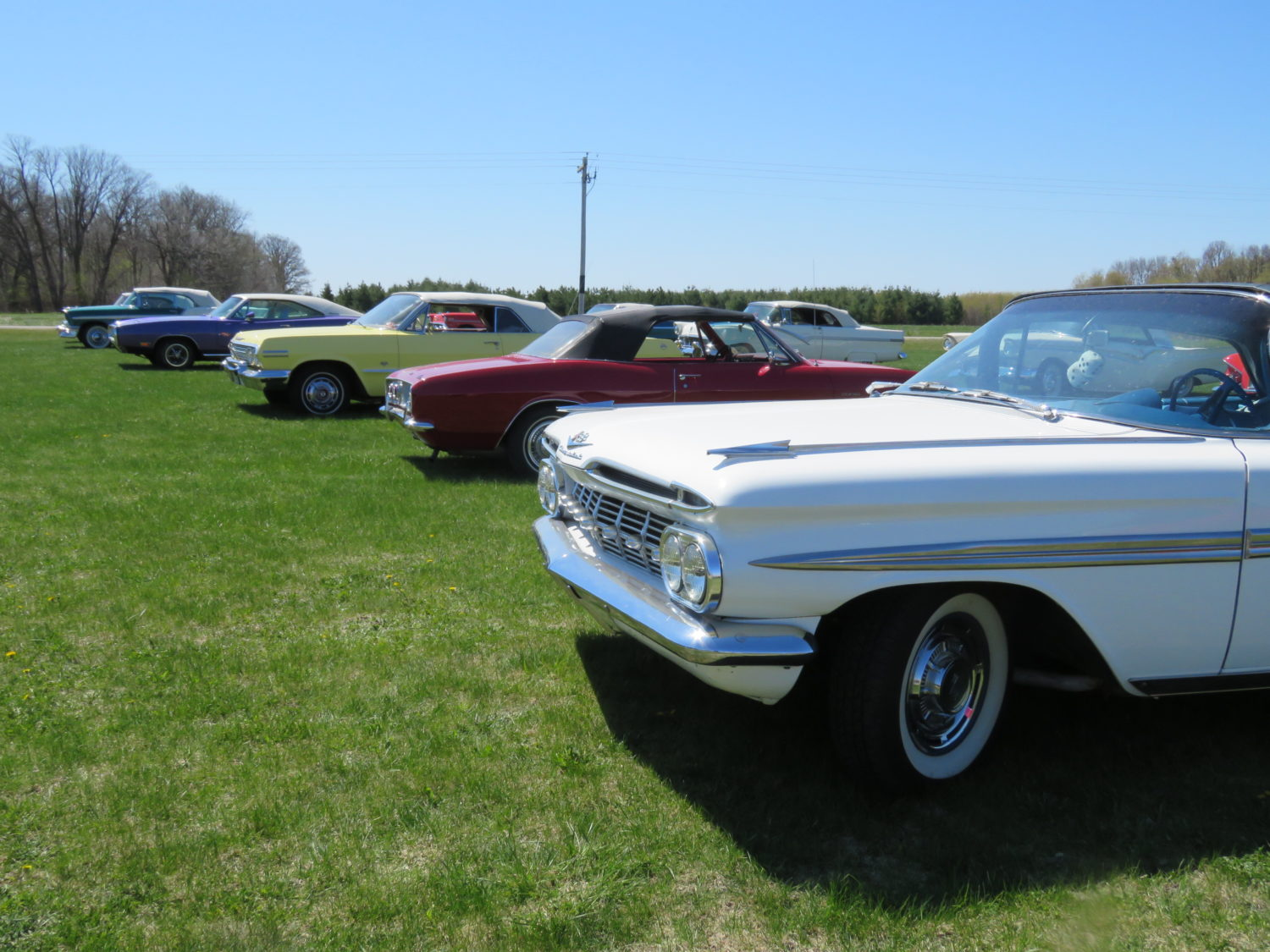 Fabulous Convertibles-Muscle- Antique Tractors & More! The Windels Collection LIVE ONSITE & Online BIdding - image 7