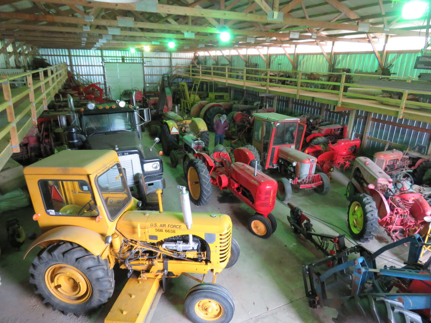 Day 1-Collector Cars, Vintage Motorcycles & Antique Tractors- The Meacham Estate - image 6