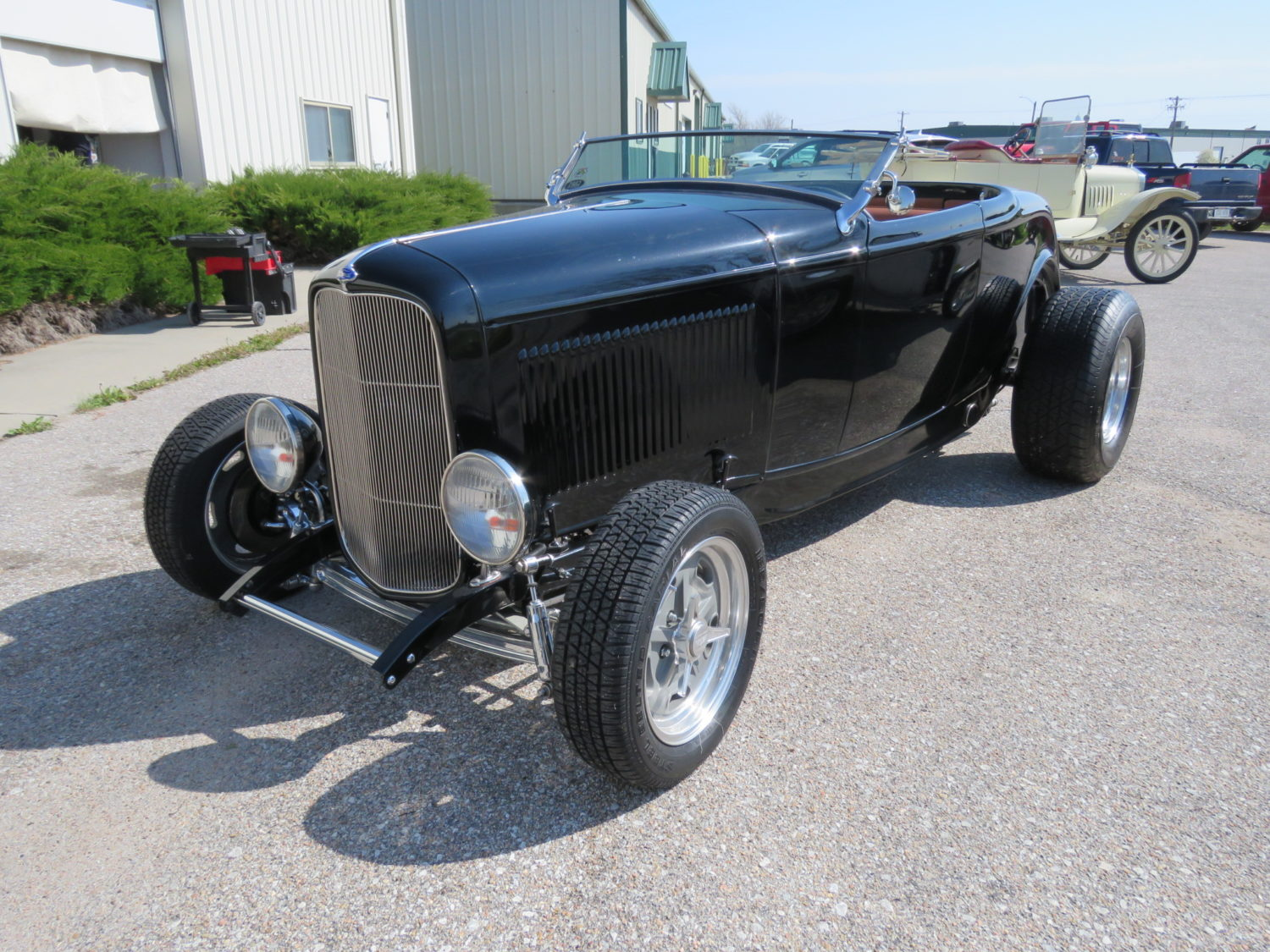 ONLINE ONLY- 1932 Ford Street rods, Race Cars, Engines & more! The Joe Haag Collection - image 2